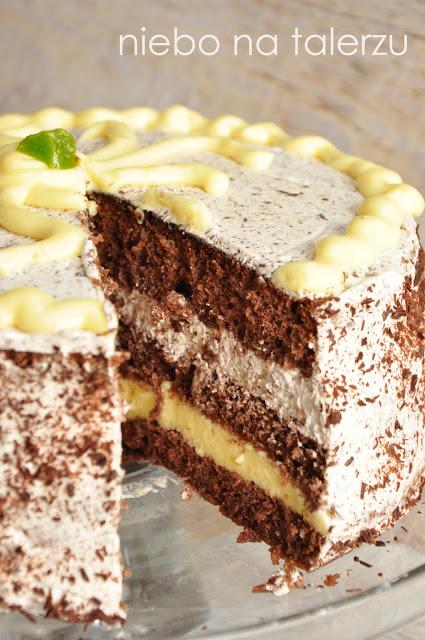 Tort czekoladowy zcytrynową nutą