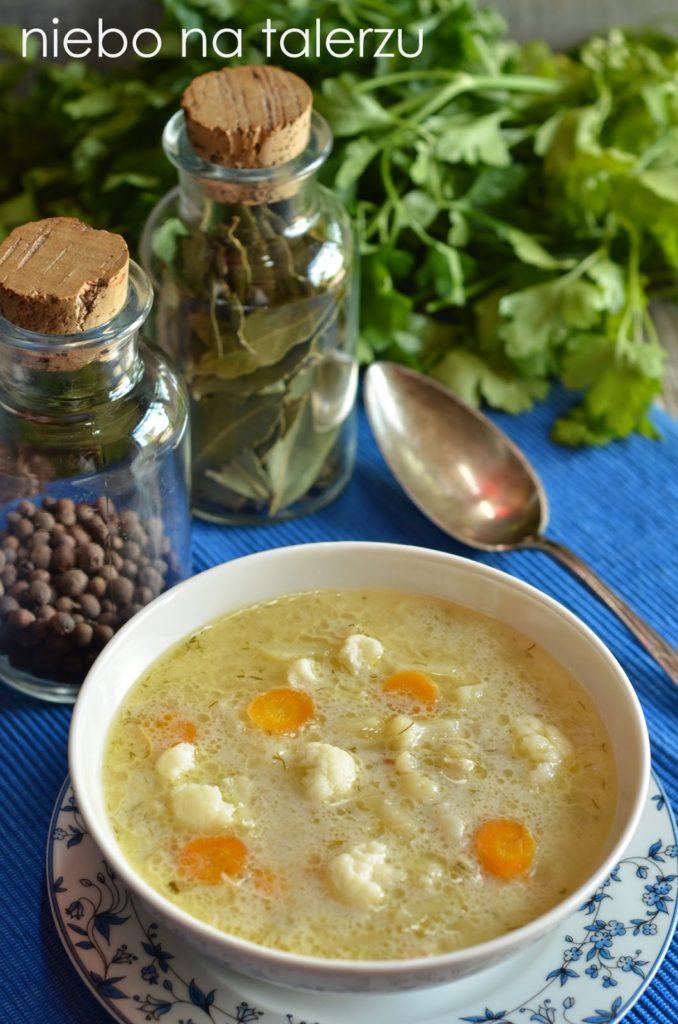 Jak się robi zupę kalafiorową