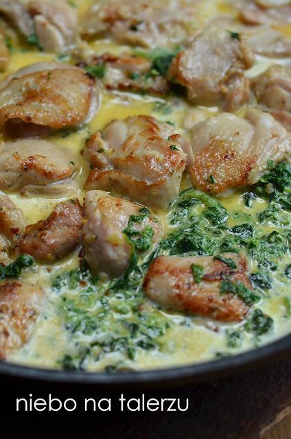 kurczak wsosie szpinakowo-serowym