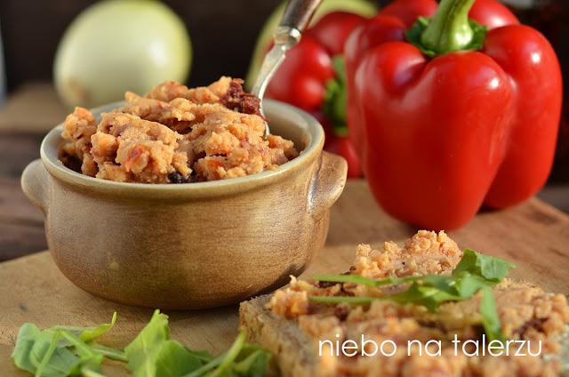 pasta zsoczewicy zsuszonymi pomidorami