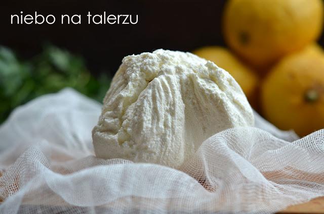 domowy ser zjogurtu