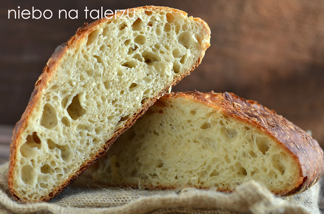 prosty chleb nadrożdżach