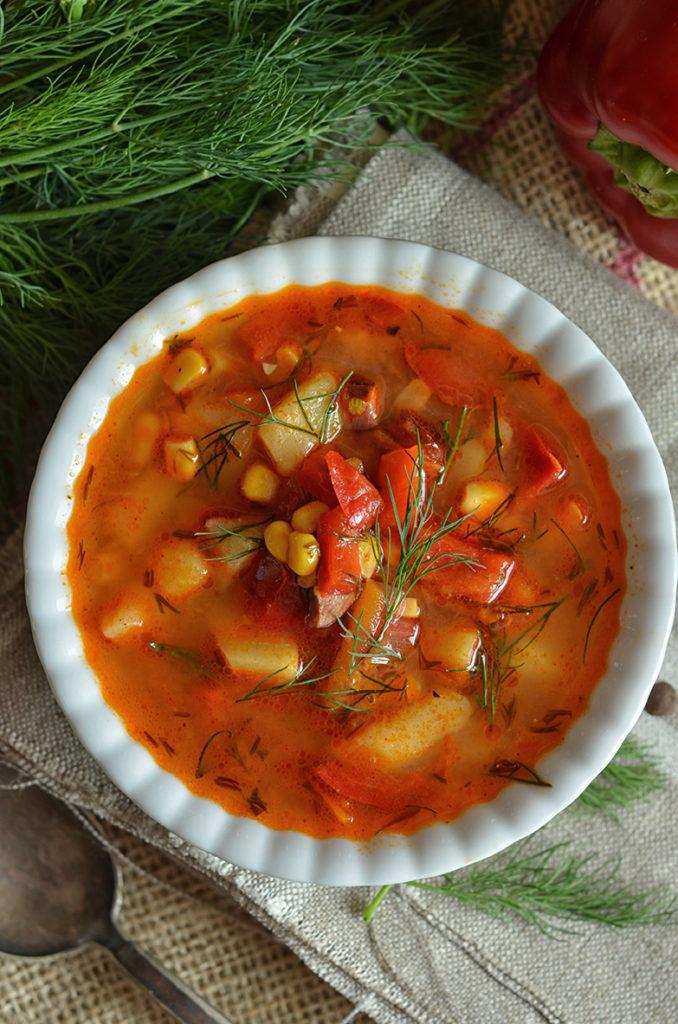 bardzo dobra zupa zpomidorów ipapryki