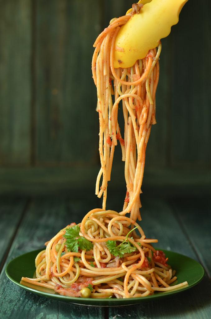 spaghetti zboczniakami wpomidorach