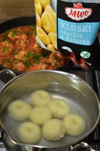 pulpety zindyka wsosie pomidorowo - koperkowym