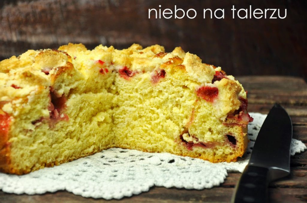 Jak upiec dobre ciasto drożdżowe