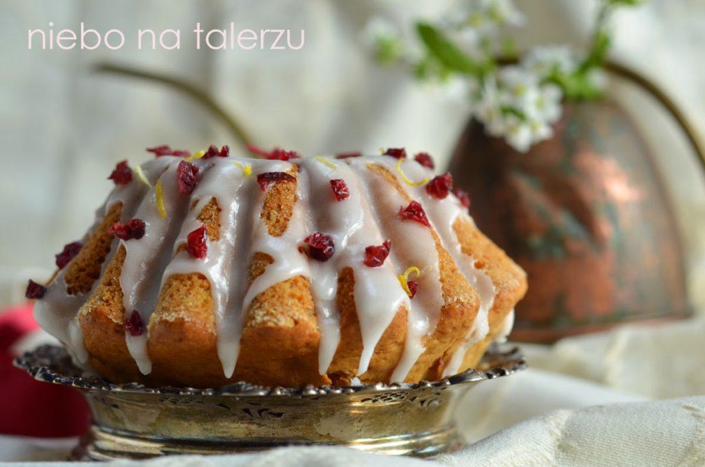 Cytrynowa babka jogurtowa