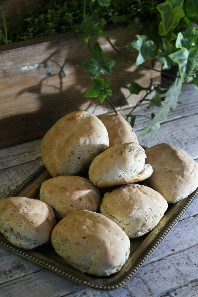 bułeczki pszenno -żytnie zziarnami