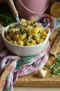 kurczak curry z kalafiorem i zielonym groszkiem