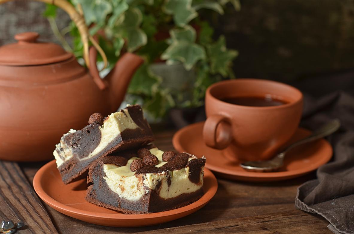 Łtwe ciasto czekoladowe z serem