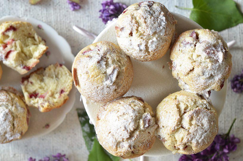 muffiny zrabarbarem iorzechami