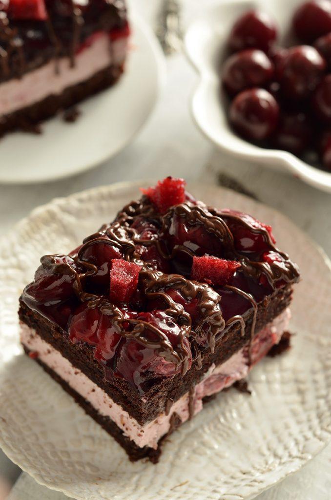 ciasto zkremem iwiśniami